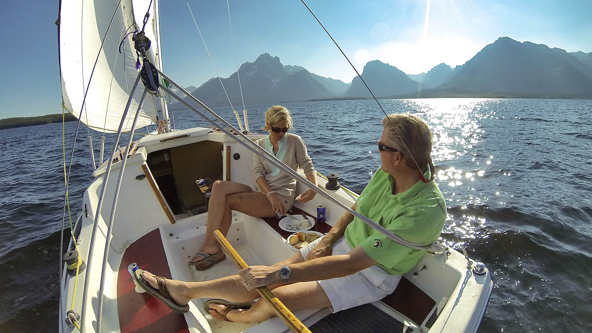 15-jackson-lake-sailing-grand-teton
