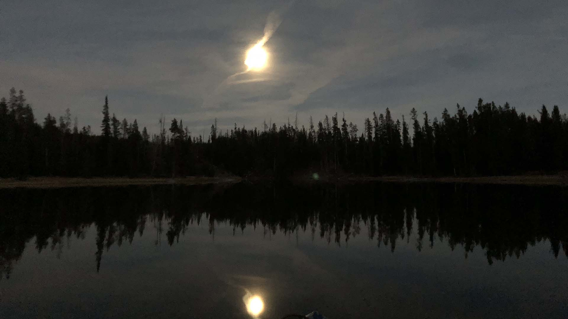 lewis-channel-moonlight-yellowstone